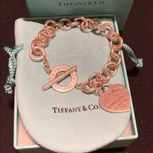 Return to Tiffany Heart Tag Toggle Bracelet